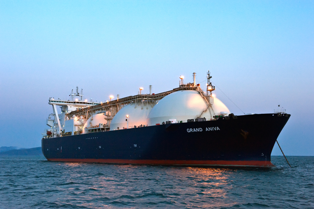 LNG fuelling